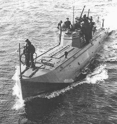 apoyo lancha-torpedera